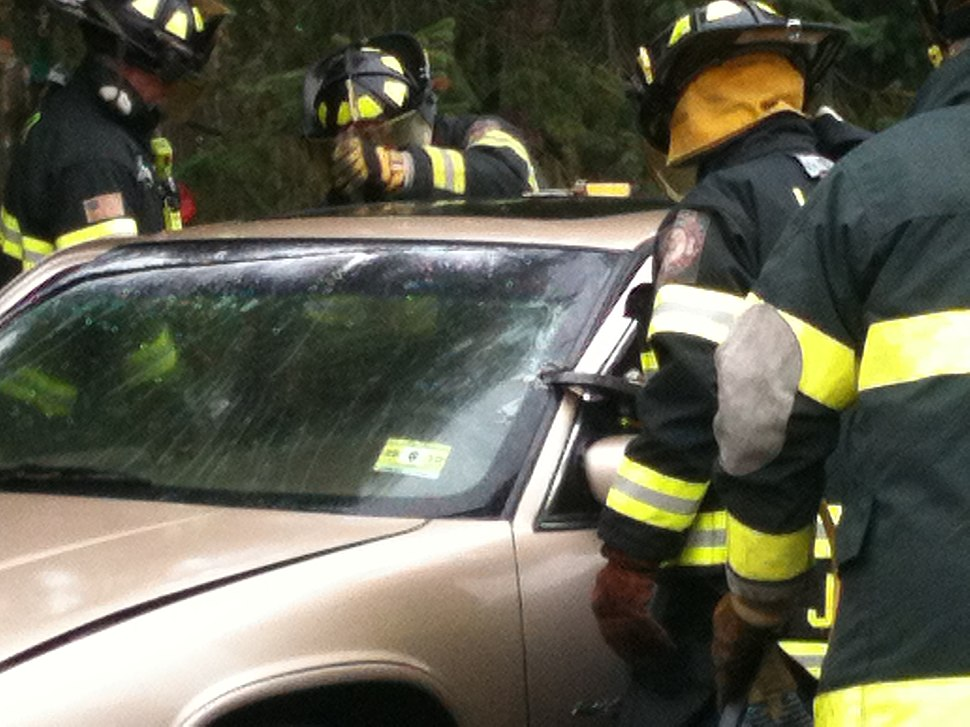 Vehicle extrication demonstration and training