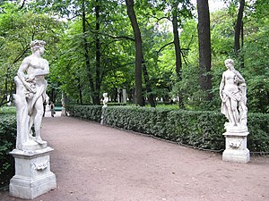 Francesco Penso - Vertumnus and Pomona (1717) in an allée of Peter the Great's Summer Garden, St. Petersburg
