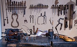 Vienna - Violin repair workshop - 0049.jpg