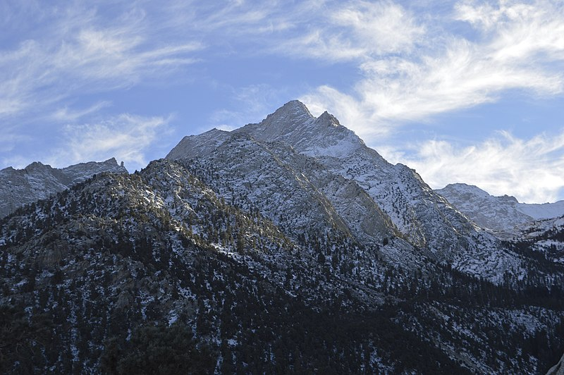 File:View of Mt. Whitney from Lone Pine, CA.jpg