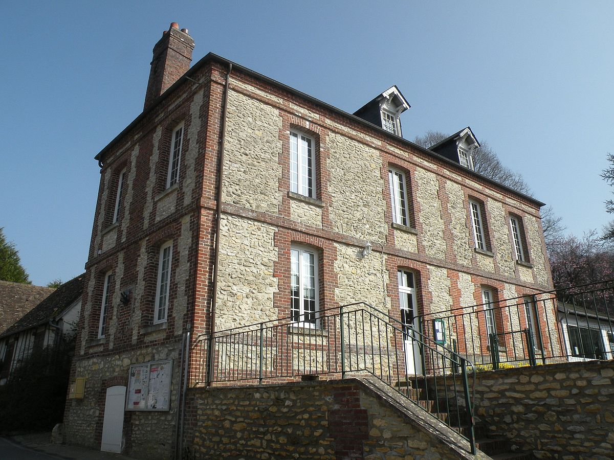 Villers sur trie wikidata for Piscine trie chateau