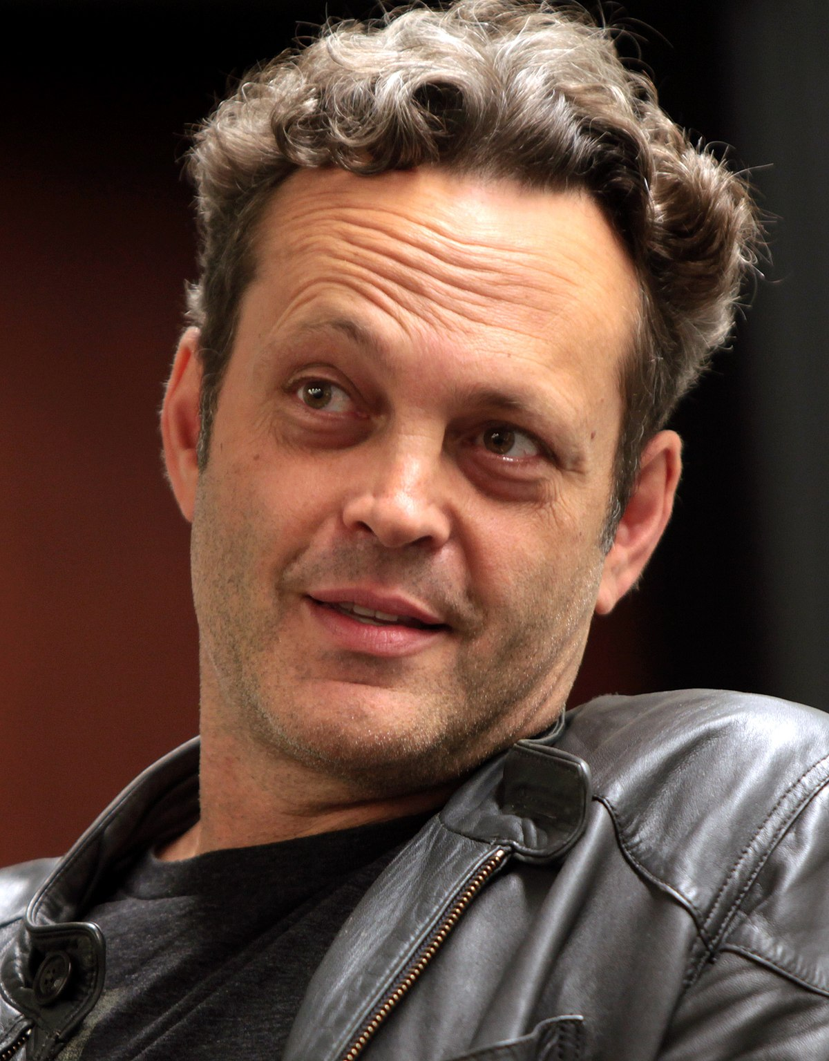 Vince Vaughn Old School Rings With Cigarette Interview