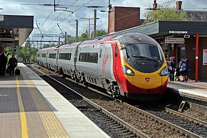 "Virgin Class 390, 390112 ""Virgin Star"", Wigan North Western railway station (geograph 4499980).jpg"