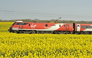 Virgin Trains East Coast class 91 91117.jpg