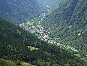 Vista sull'abitato di Bondione