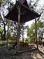Wat Kampong Tralach Leu Krematorium 02.jpg