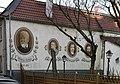 Wiesbaden-Biebrich - Wandmalerei bei Dilthey-Haus (1).jpg