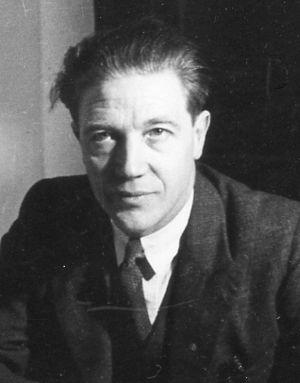 Wilfred Risdon - Wilfred Risdon at British Union headquarters, London, England, 1937
