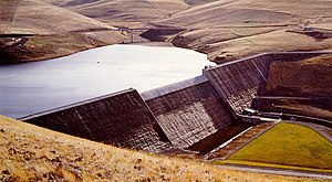 Gravity dam - Willow Creek Dam, a roller-compacted concrete gravity dam
