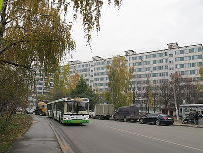 How to get to Загорьевская Улица with public transit - About the place