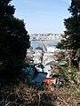 (神奈川県) 江ノ島の江島神社から江の島弁天橋(左)と江の島大橋(右)を望む。江の島は歩きがメインです。 - panoramio.jpg