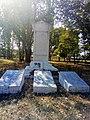 Вельбівка. Пам'ятник землякам-4.jpg