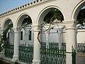 Караимские кенасы, Евпатория, колоннада.JPG