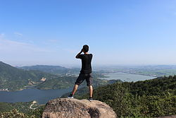 在五磊山望远.jpg