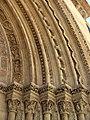 082 Catedral de València, porta de l'Almoina, capitells i arquivoltes.JPG