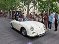 092 Fira Modernista de Terrassa, desfilada de cotxes d'època a la Rambla.JPG