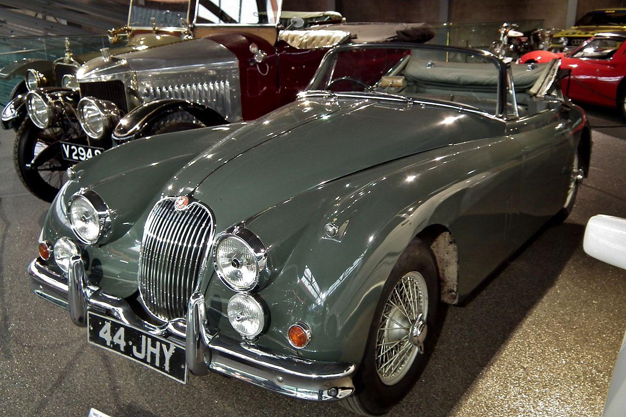File:1960 Jaguar XK150 (5956992337).jpg - Wikimedia Commons