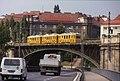 197R03180890 Stadtbahn (U6), Trasse Richtung Heiligenstadt, Typ NH, Blick von Gürtelautobahn Richtung Gürtel.jpg