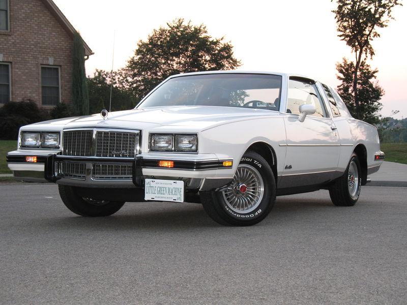 800px-1985_pontiac_grand_prix.JPG