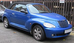 2006 Chrysler PT Cruiser Touring 2.4 Front.jpg