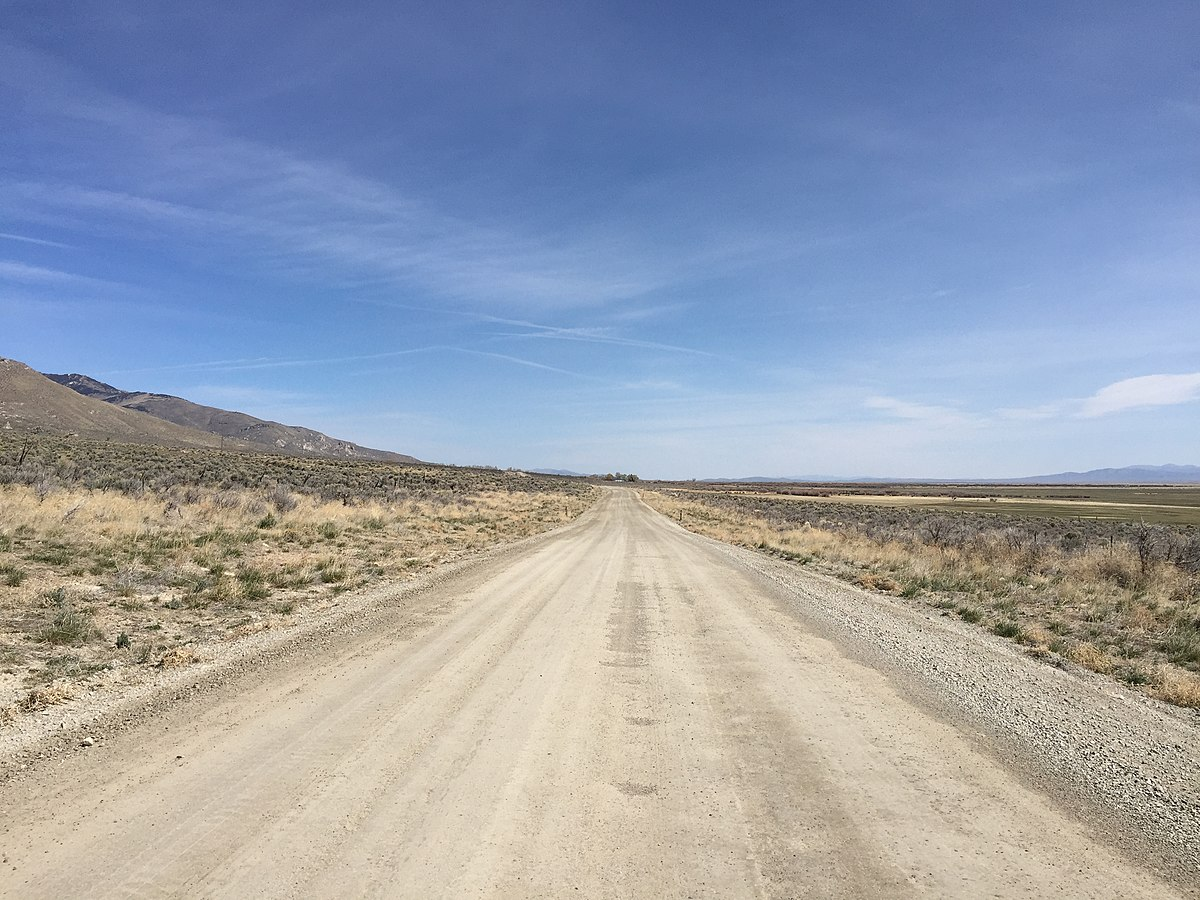 File:2015-04-04 11 22 06 View north along Ruby Valley Road ...
