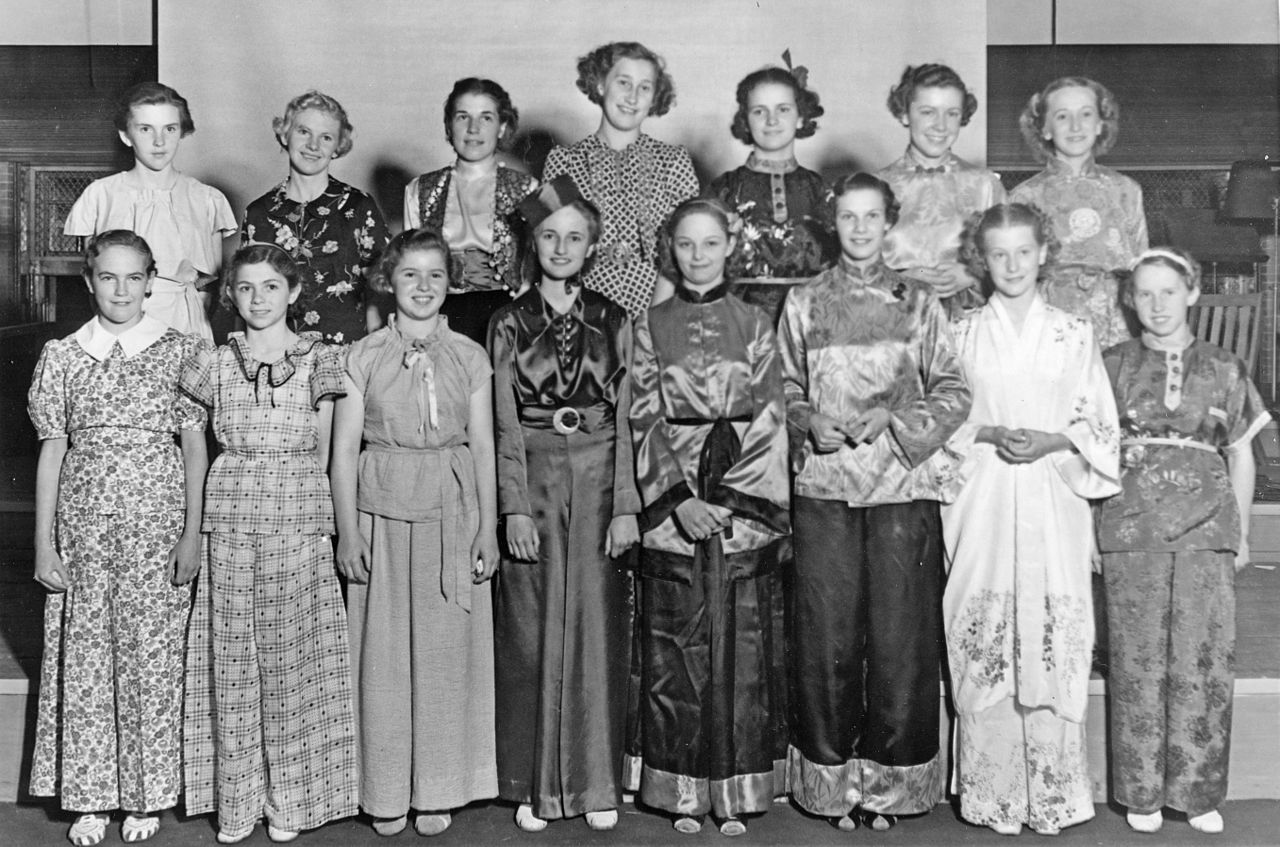 File 4 H Girls Pajama Party At The 4 H Summer School 1940