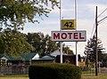 42 Motel - panoramio - Kirk Allen.jpg