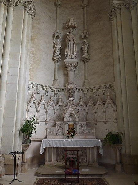 Chapelle dédiée à saint Joseph (transept droit).