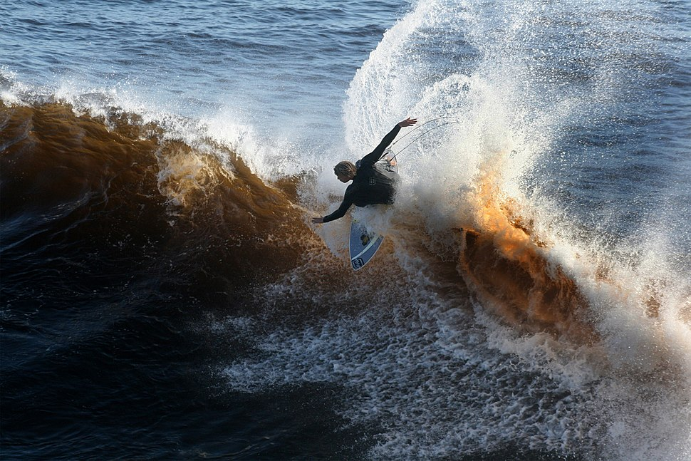 A surfer at the wave