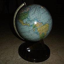 Datiert über Ihrem Aussehen Globus und Mail