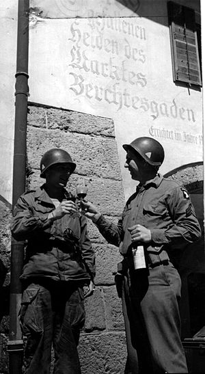 Berchtesgaden - US soldiers toast the capture of Berchtesgaden (1945)