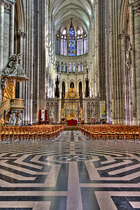 Amiens Cathedral Interior 1.jpg