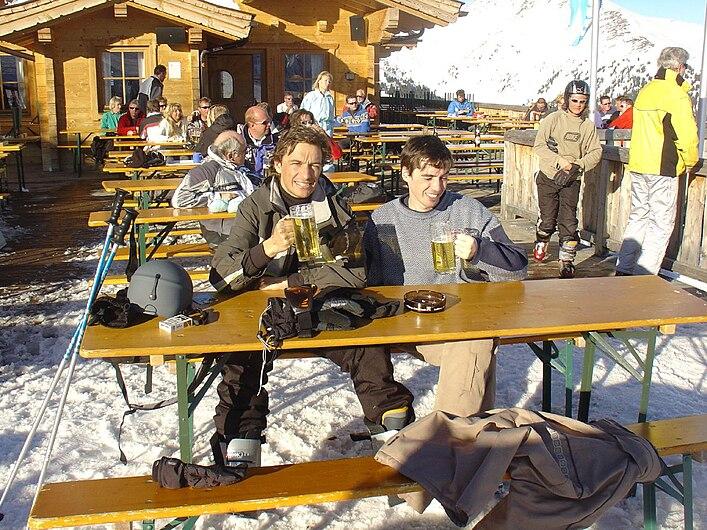 Après ski in Gerlos, Tyrol.jpg