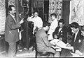 Archivo General de la Nación Argentina 1916 Santa Fe - elecciones, esperando el escrutinio.jpg