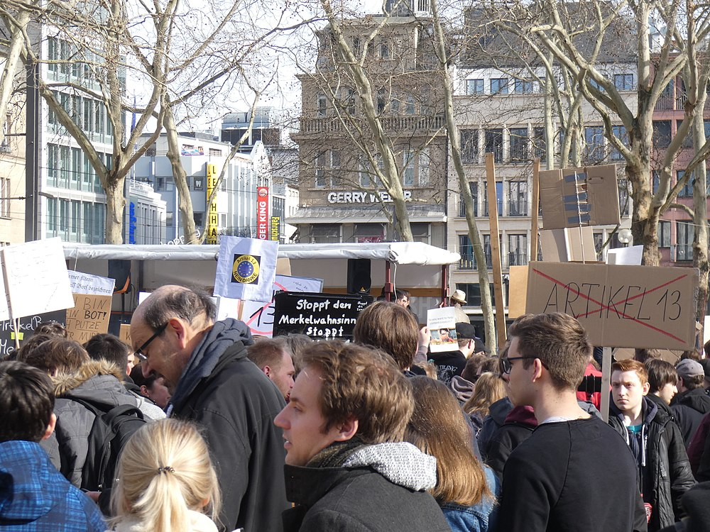 Artikel 13 Demonstration Köln 2019-02-23 041.jpg