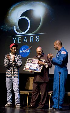 cf6173e80ed23 Williams and American astronaut Leland D. Melvin present a montage to  record producer Quincy Jones.