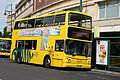 Au Morandarte Flickr Yellow Buses DD283 on Route 5A, Bournemouth Square (14974017000).jpg