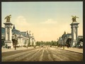 Avenue Nicholas II, from the two Palaces, Exposition Universal, 1900, Paris, France-LCCN2001698557.tif