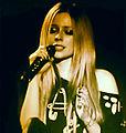 Avril Lavigne eyes shut, Hammersmith Apollo (sharpen).jpg