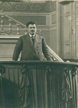 Aleksandar Stamboliyski - Image: BASA 950K 3 110 1 Aleksandar Stamboliyski in Paris, 1921 (cropped)