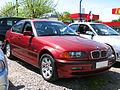 BMW 323i 2.5 1999 (12530297173).jpg