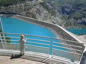 Durance - The dam at the Lac de Serre-Ponçon