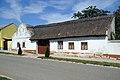 Bauernhaus 6049 in A-2475 Neudorf.jpg