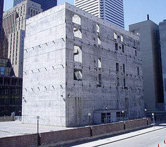 "Bay Adelaide Centre - The six-storey ""stump"" in 2005, which stood as a symbol of the 1990s recession until its demolition in 2006."