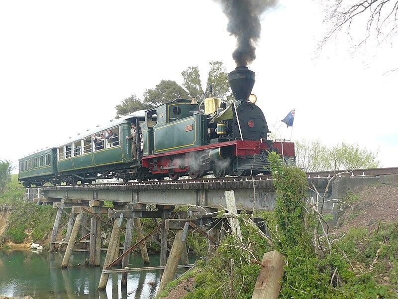 File:Bay of Islands Vintage Railway - Gabriel on Number 5 Bridge.JPG