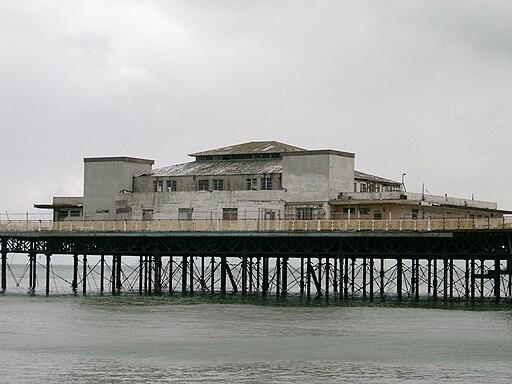 Benkid77 Colwyn Bay pier 3 220709