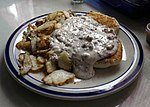 Biscuits-and-gravy.jpg