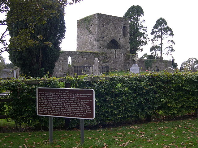 File:Black Abbey, Tully.JPG