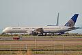 Boeing 757-222 'N557UA' (13136482065).jpg
