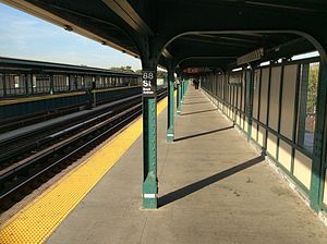 88th Street (IND Fulton Street Line) - Brooklyn-bound platform